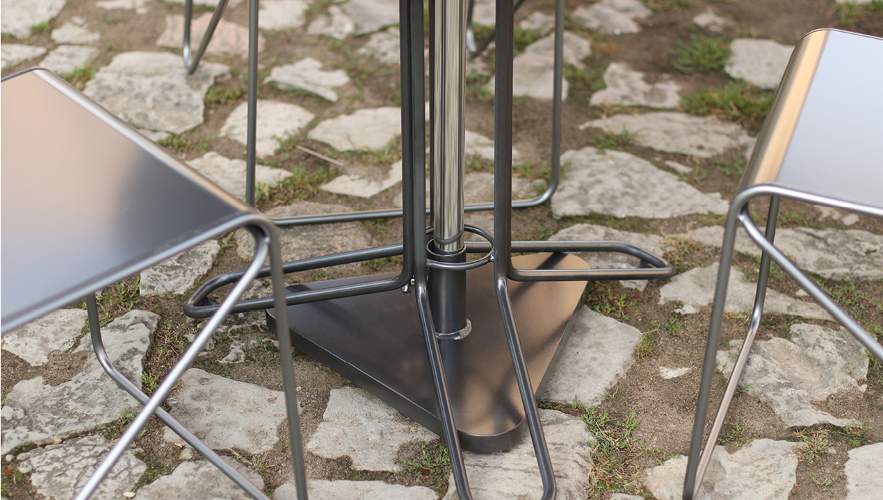 Kontur Base of the Table